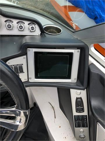 2012 MasterCraft X14 Photo 4 of 8