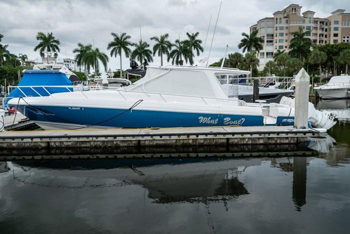 2019 Intrepid 430 Sport Yacht Photo 1 of 33