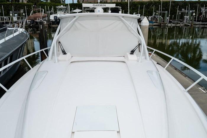 2019 Intrepid 430 Sport Yacht Photo 30 of 33