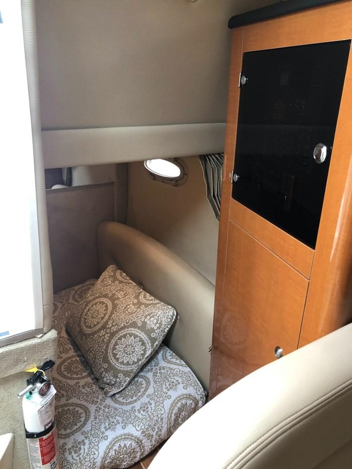 2008 Chaparral 290 Signature Cruiser Photo 17 of 21