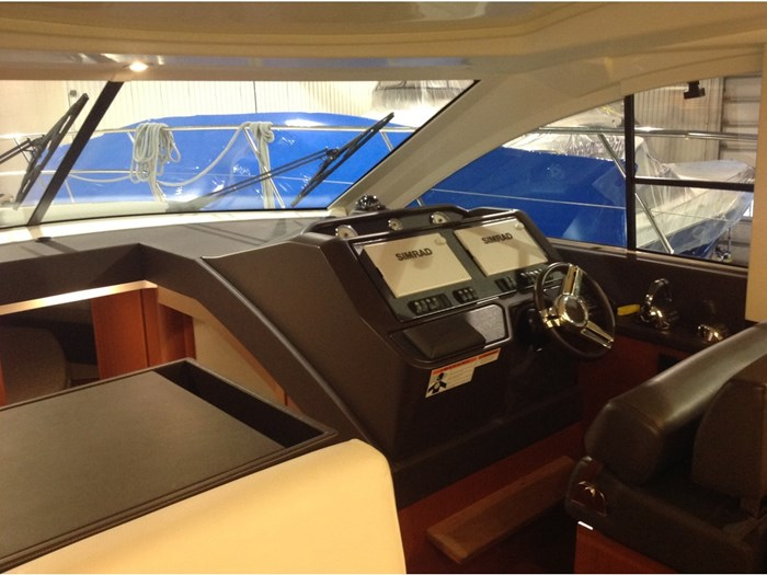 2018 Beneteau Grand Turismo Photo 10 of 39