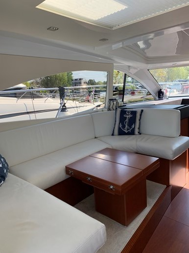 2018 Beneteau Grand Turismo Photo 14 of 39