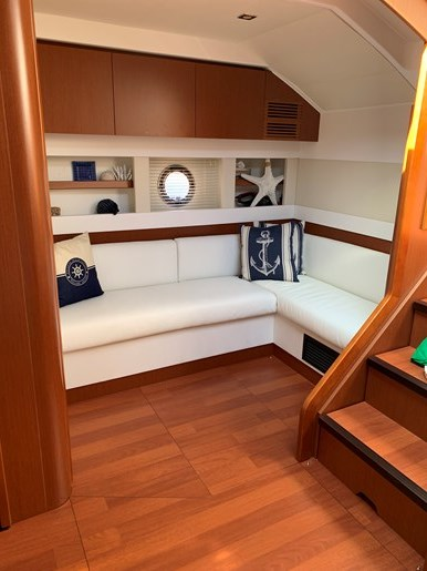 2018 Beneteau Grand Turismo Photo 20 of 39