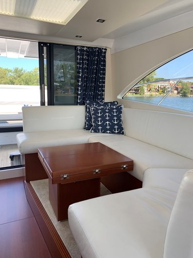 2018 Beneteau Grand Turismo Photo 15 of 39
