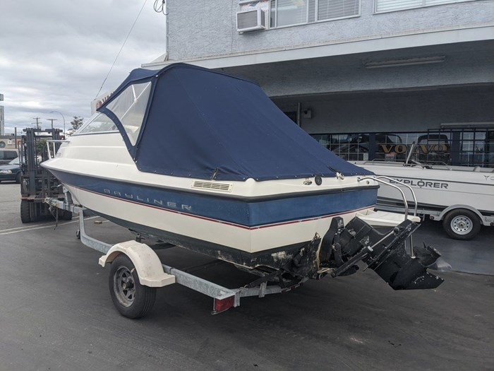 2005 BAYLINER 192 DISCOVERY Photo 1 of 12