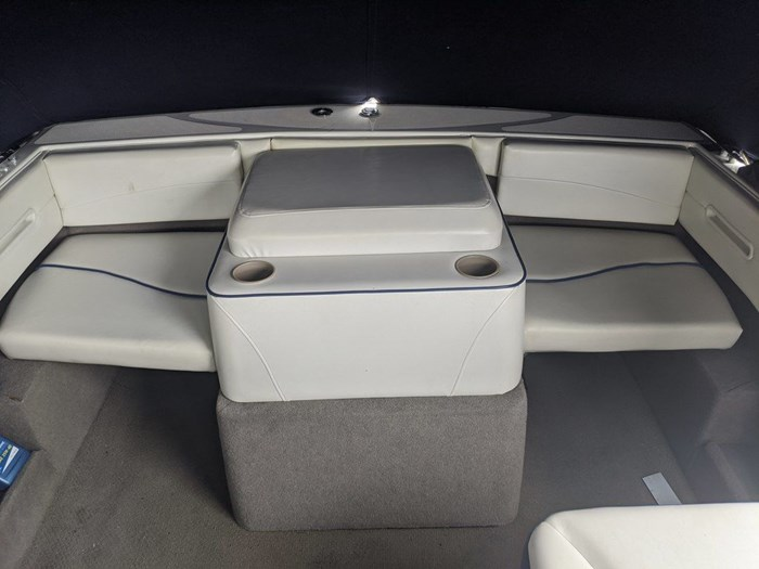 2005 BAYLINER 192 DISCOVERY Photo 4 of 12