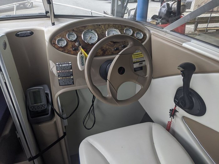 2005 BAYLINER 192 DISCOVERY Photo 9 of 12