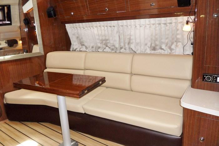 2014 Regal 38 Express Cruiser Photo 20 of 39