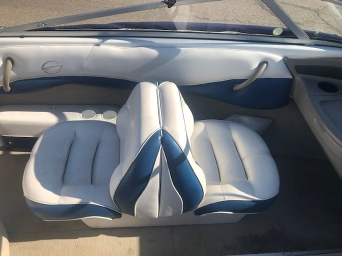 2003 Crownline 180 Photo 3 of 9
