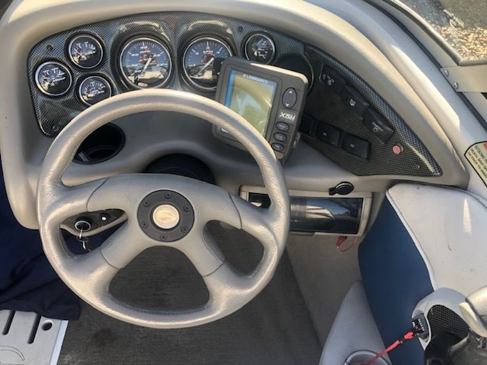 2003 Crownline 180 Photo 6 of 9