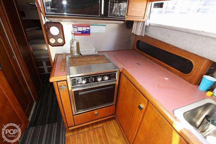 1987 Bayliner 3870 Photo 4 sur 20