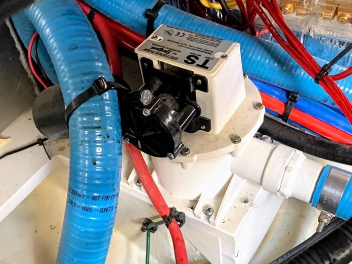 2006 Larson 370 Cabrio Photo 80 sur 90
