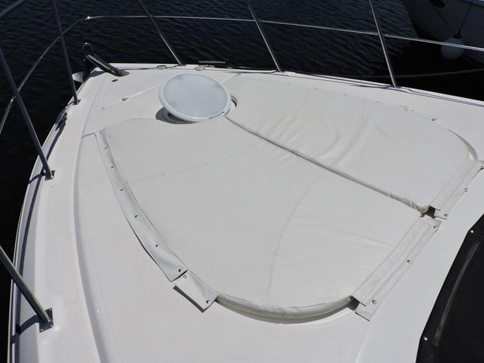 2006 Cruisers Yachts 455 Express Motor Yacht Photo 13 of 86