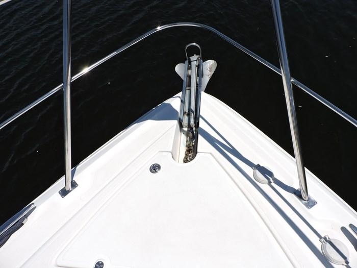 2006 Cruisers Yachts 455 Express Motor Yacht Photo 15 of 86
