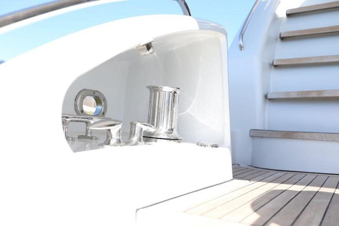 2005 Hatteras Sky Lounge Motor Yacht Photo 11 sur 69