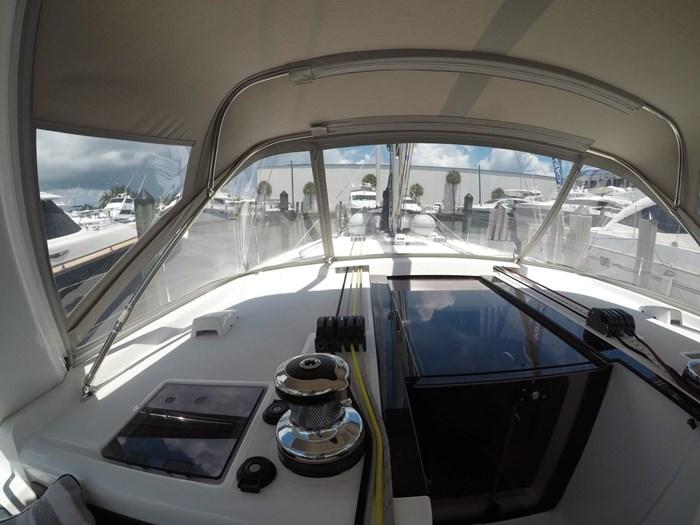 2017 Beneteau Oceanis 48 Photo 15 sur 32