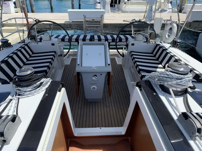 2013 Beneteau Photo 8 sur 33