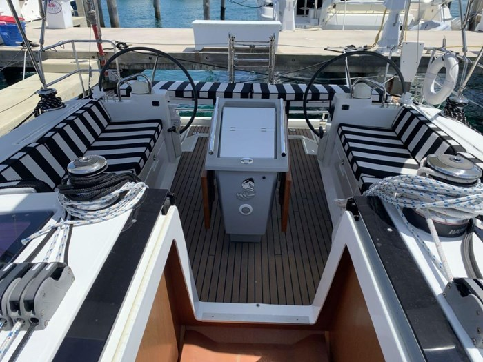 2013 Beneteau Photo 12 sur 33