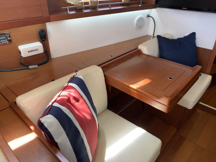 2013 Beneteau Photo 24 sur 33