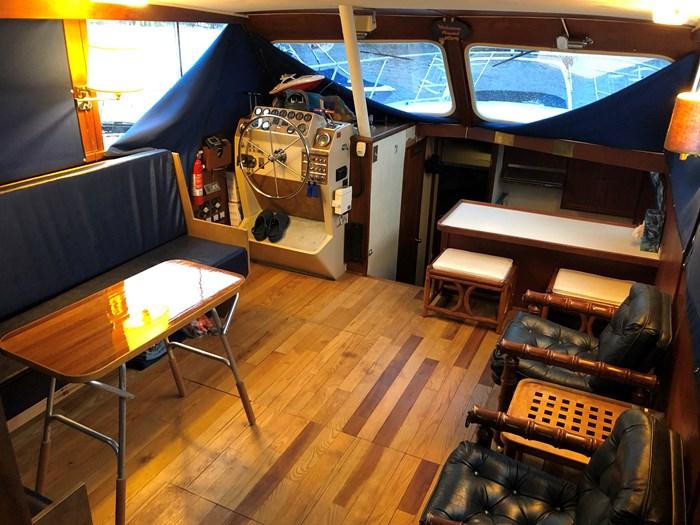 1974 1974 36 Uniflite DCMY ( Double Cabin Motor Yacht) 36 Sedan Flybridge Double Cabin Motor Yacht Photo 12 of 25