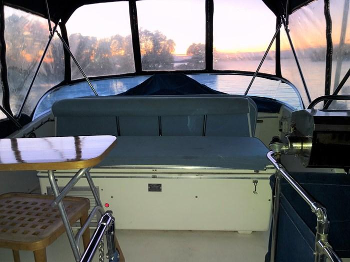 1974 1974 36 Uniflite DCMY ( Double Cabin Motor Yacht) 36 Sedan Flybridge Double Cabin Motor Yacht Photo 11 of 25