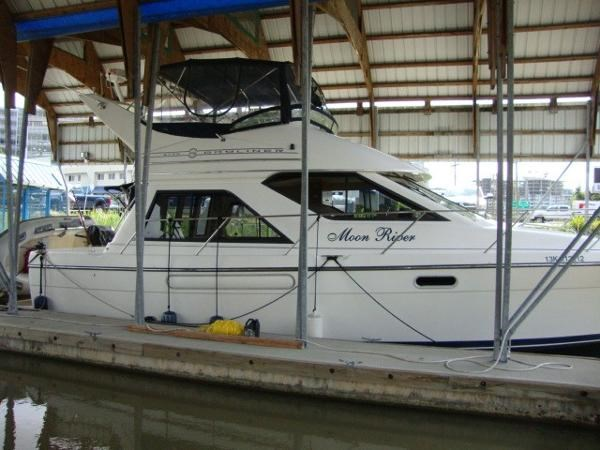 1999 Bayliner 3788 Command Bridge Motoryacht Photo 2 sur 90