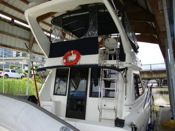 1999 Bayliner 3788 Command Bridge Motoryacht Photo 4 sur 90