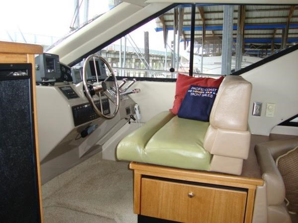 1999 Bayliner 3788 Command Bridge Motoryacht Photo 22 sur 90