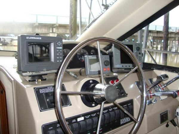 1999 Bayliner 3788 Command Bridge Motoryacht Photo 23 sur 90