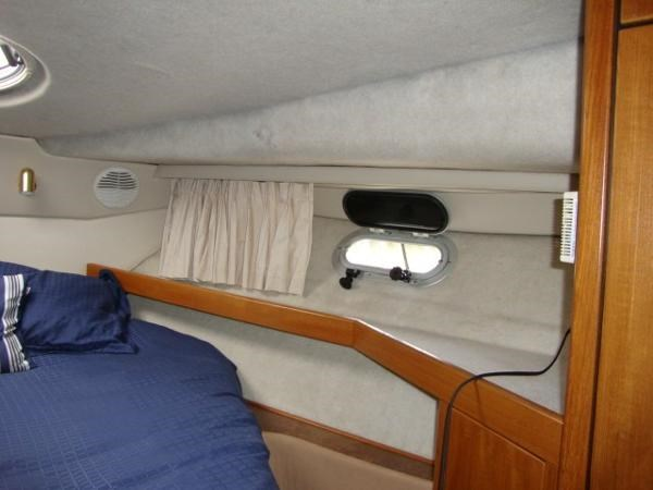 1999 Bayliner 3788 Command Bridge Motoryacht Photo 25 sur 90