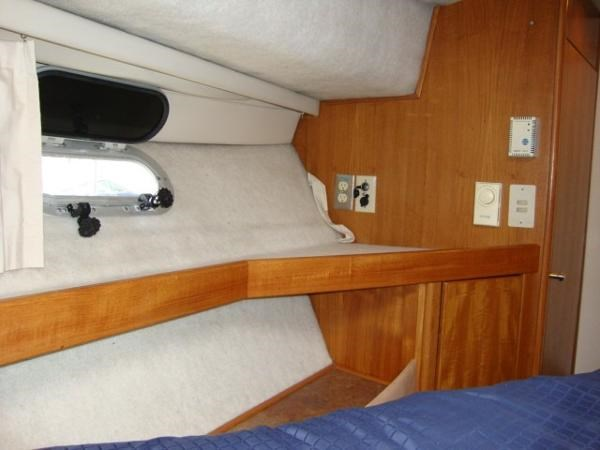 1999 Bayliner 3788 Command Bridge Motoryacht Photo 26 sur 90