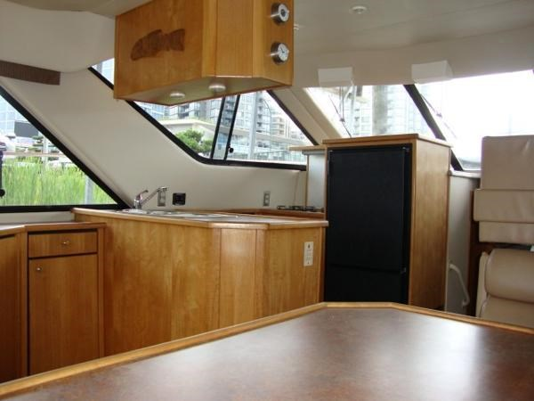 1999 Bayliner 3788 Command Bridge Motoryacht Photo 43 sur 90