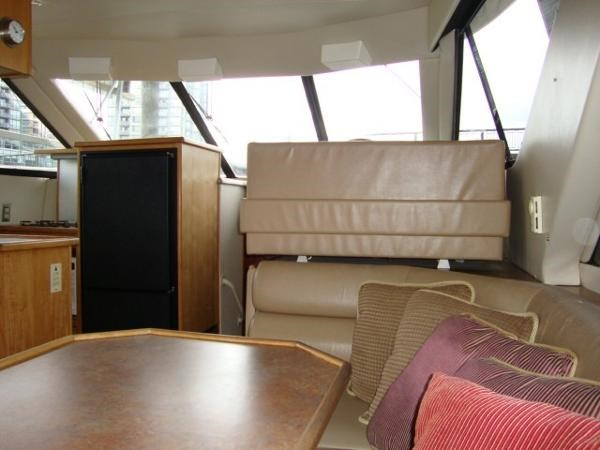 1999 Bayliner 3788 Command Bridge Motoryacht Photo 44 sur 90