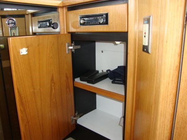 1999 Bayliner 3788 Command Bridge Motoryacht Photo 50 sur 90