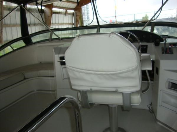 1999 Bayliner 3788 Command Bridge Motoryacht Photo 83 sur 90
