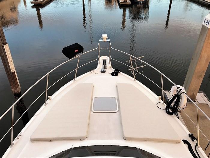 2001 Carver 404 Cockpit Motor Yacht Photo 14 sur 76