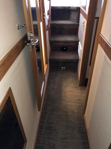 1999 Bayliner 4788 Pilothouse Motor Yacht Photo 6 of 24