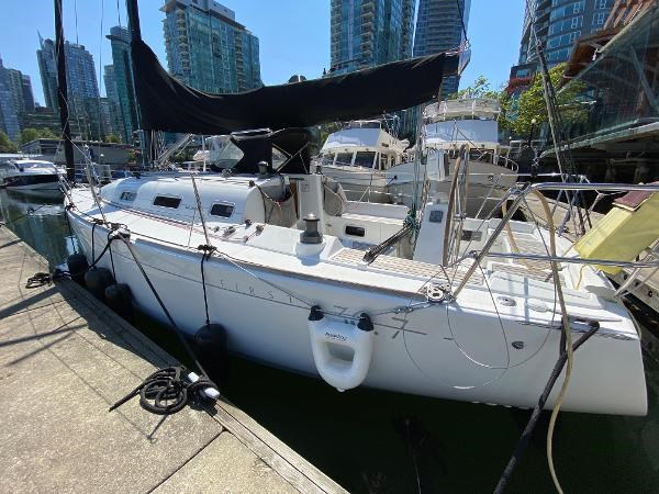 2007 Beneteau First 36.7 Photo 3 of 33