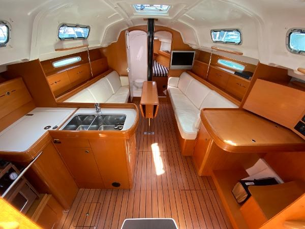 2007 Beneteau First 36.7 Photo 16 of 33