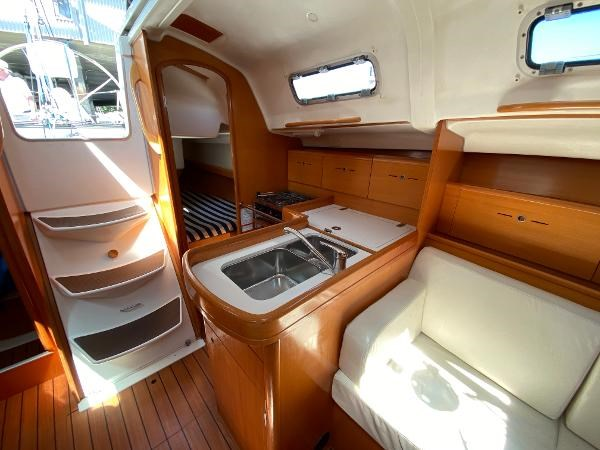 2007 Beneteau First 36.7 Photo 17 of 33