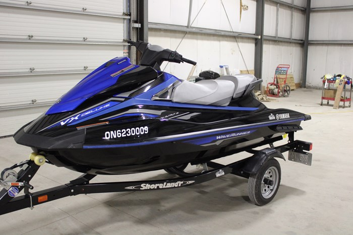 2018 Yamaha Waverunner VX Deluxe Photo 7 of 24