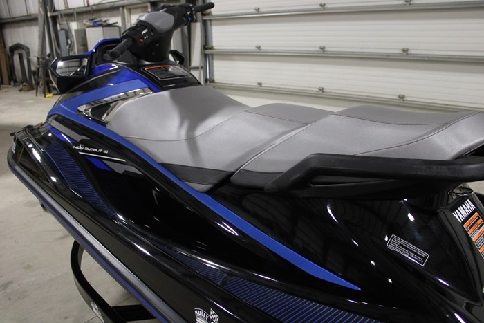 2018 Yamaha Waverunner VX Deluxe Photo 12 of 24