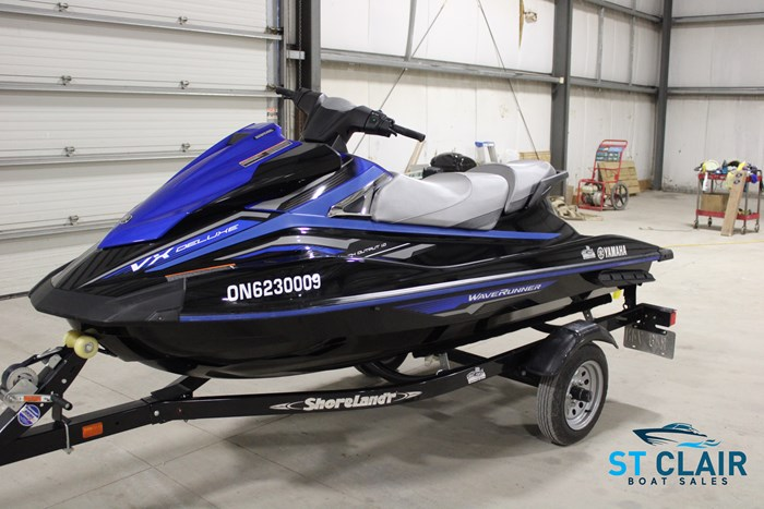 2018 Yamaha Waverunner VX Deluxe Photo 1 of 24