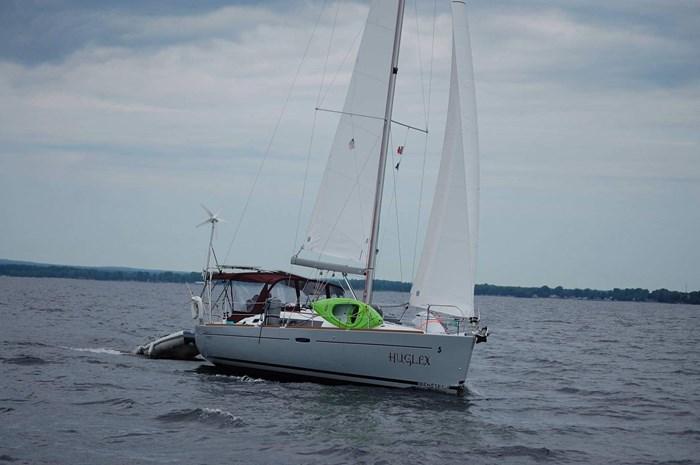 2014 Beneteau Oceanis 37 Photo 1 sur 40