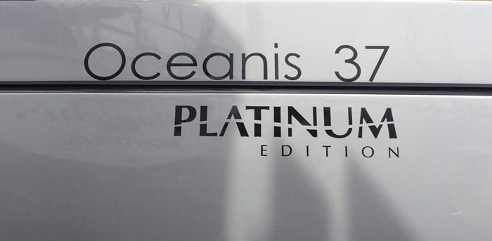 2014 Beneteau Oceanis 37 Photo 3 sur 40