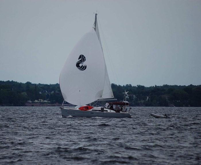 2014 Beneteau Oceanis 37 Photo 7 sur 40