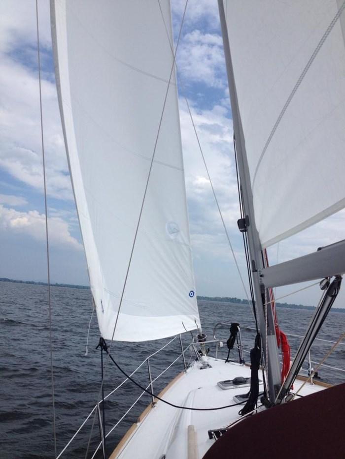 2014 Beneteau Oceanis 37 Photo 8 sur 40