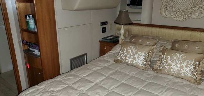 1999 Bayliner / Meridian in 2003 5288 Motoryacht, Pilothouse Photo 59 of 92