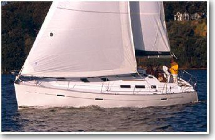 2004 Beneteau 373 Photo 1 sur 22