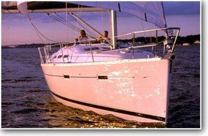 2004 Beneteau 373 Photo 2 sur 22